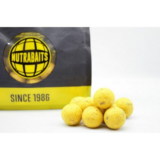 Бойлы тонущие Nutrabaits Shelf-Life PINEAPPLE & BANANA 15/20мм 1кг