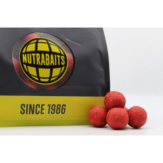 Бойлы тонущие Nutrabaits Shelf-Life STRAWBERRY, CREAM & BERGAMOT 15мм 1кг